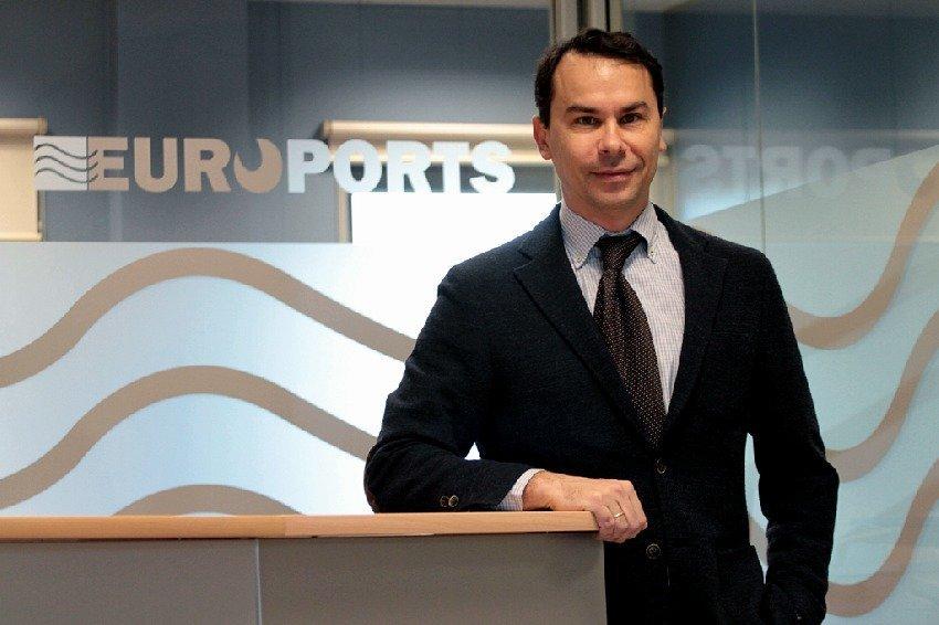 Unai Landa: 'Todos los productores de papel ya piensan en Tarragona como su puerto'