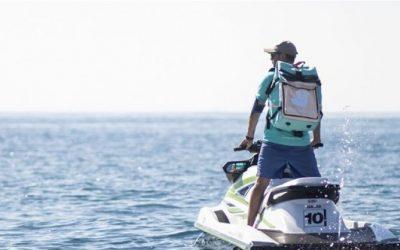 Deliveroo repartirá en Tarragona pedidos en playas y en barcos usando motos de agua