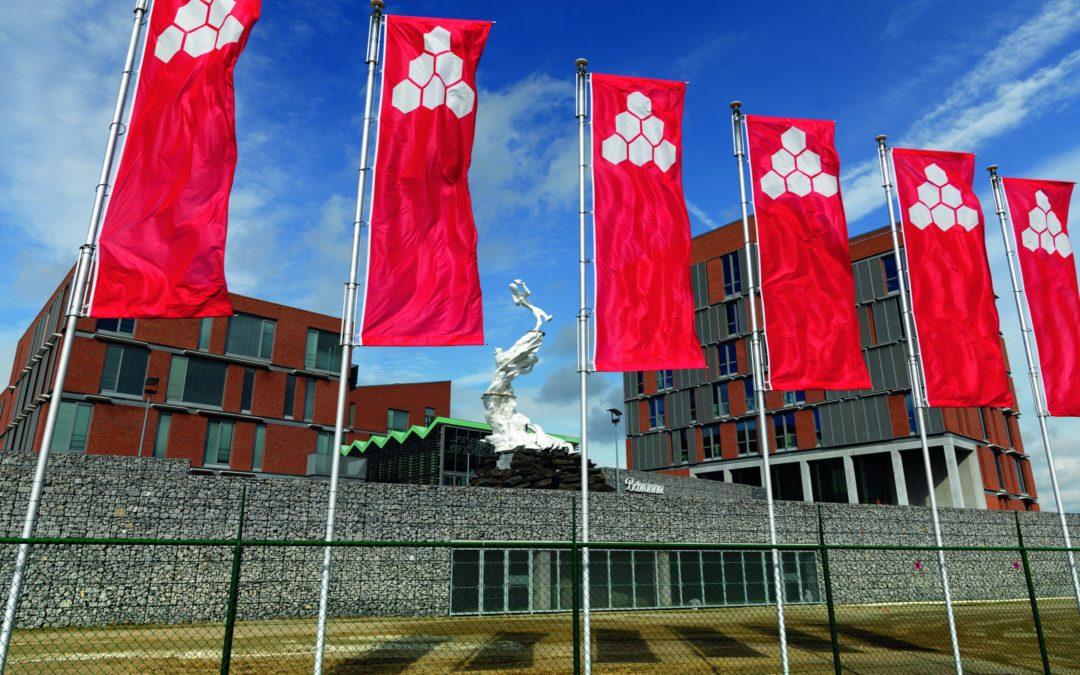 Katoen Natie estrena su ampliación con 60 silos y 25.000 nuevos metros cuadrados
