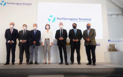 La ministra Reyes Maroto y el presidente del Port inauguran las obras de la 'PortTarragona Terminal Guadalajara – Marchamalo'