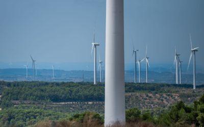 Demanen més flexibilitat i rapidesa per a instal·lar nous parcs eòlics i fotovoltaics