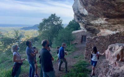 Els itineraris per descobrir l'entorn natural del Castell Monestir d'Escornalbou se seguiran realitzant a la tardor