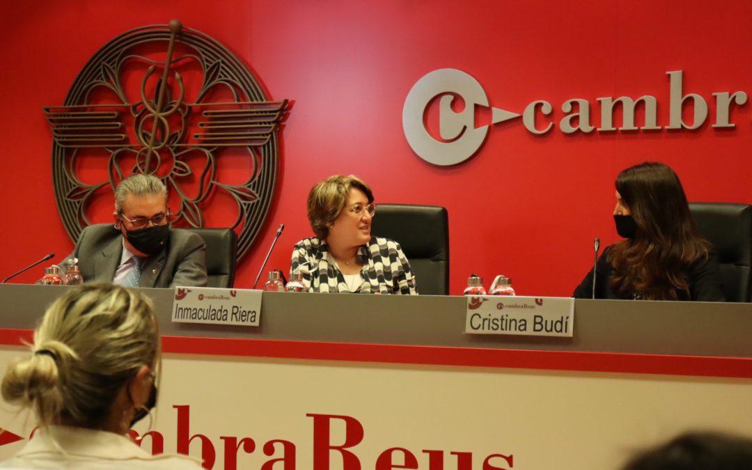 La directora general de la Cámara de Comercio de España explica les línies estratègiques per donar suport a l'empresària i a l'emprenedora al Vermut Cambra Reus